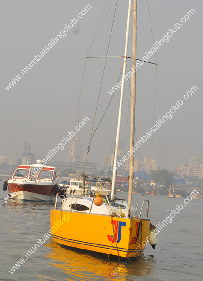 Cabin Sailboat JJ Sailing in Mumbai