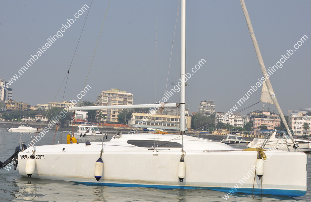 Fareast 26 Sail Yacht Sailing in Mumbai